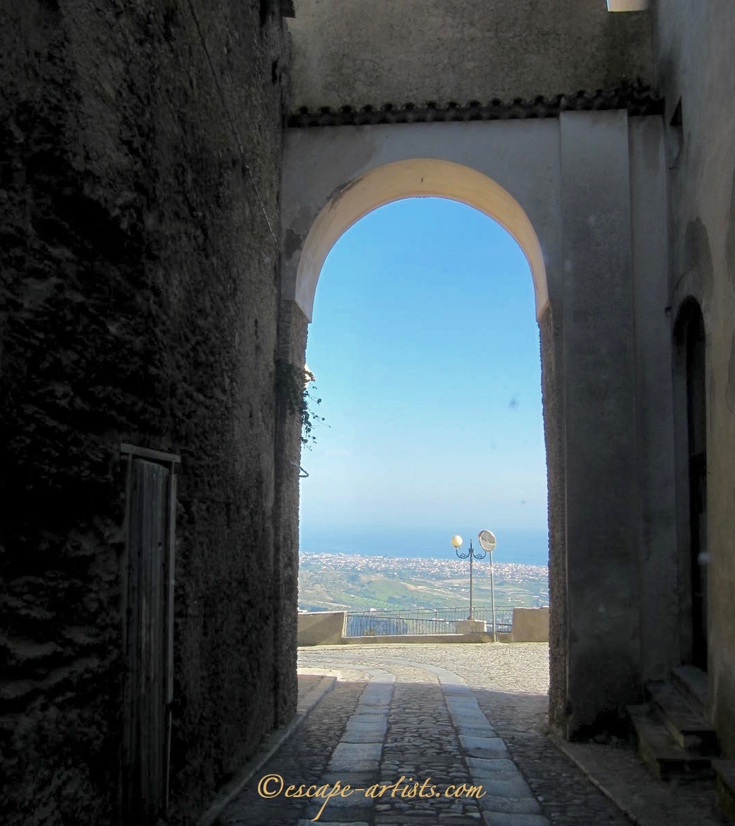 The subtle beauty of Gerace