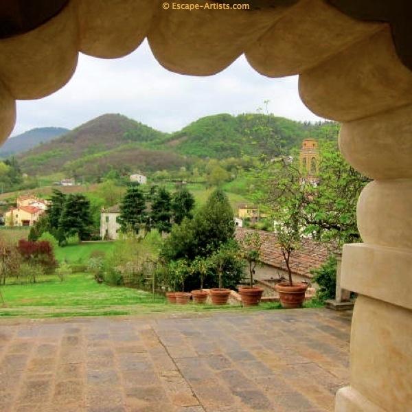The gorgeous Euganean Hills surrounding the Terme.
